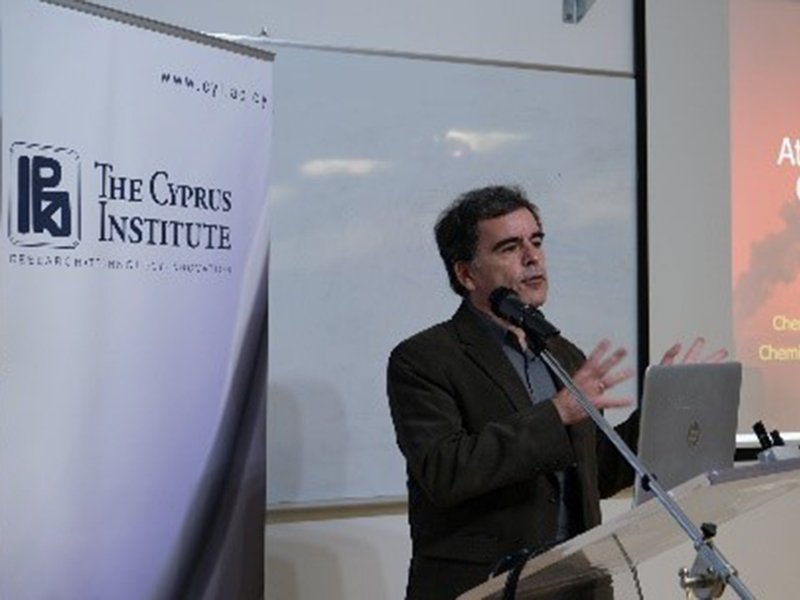 "Prof Spyros Pandis presents seminar ""Atmospheric Nanoparticles, Air Quality and Climate Change"" at the Cyprus Institute"